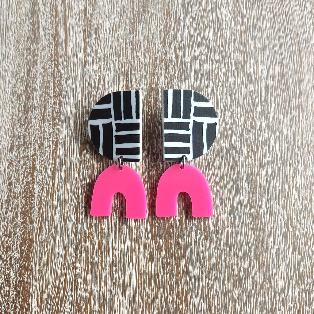 "Pink Nade - The ""Maddy"" statement dangle earrings - Hot pink / Deco"