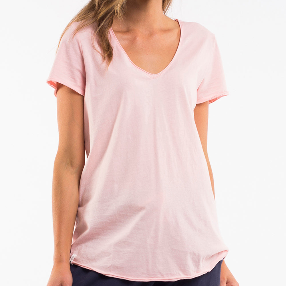 Elm Lifestyle - Fundamental vee tee - Pink