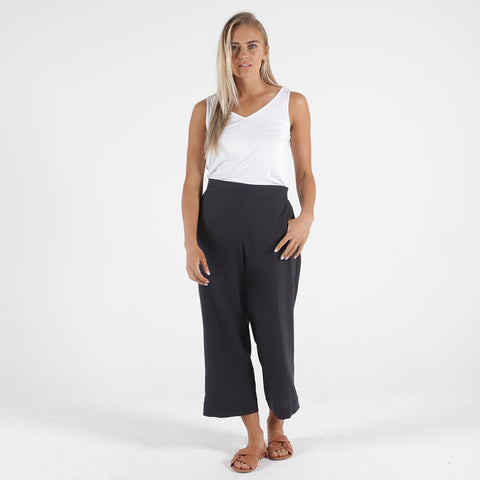 Betty Basics - Darcy top - Charcoal
