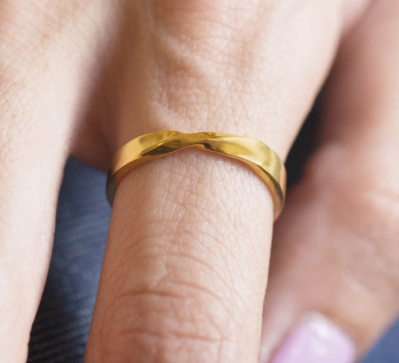 Mobius Ring, Solid Gold Mobius Ring, 10k Mobius Gold Ring, 14k Mobius Ring, Mobius Band, Wedding Mobius Ring, Wedding Ring, Twist Band Ring