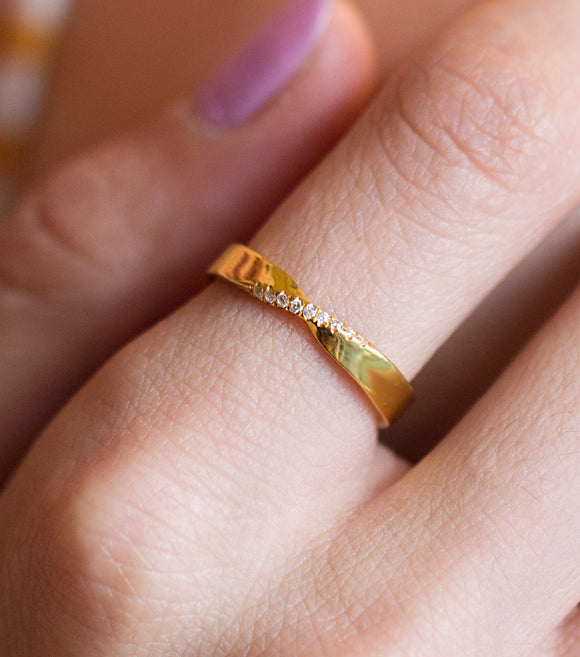 Mobius Ring, Solid Gold Mobius Ring CZ Pave, 10k Mobius Gold Ring, 14k Mobius Ring, Mobius Band, Wedding Mobius Ring, Wedding Band