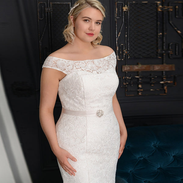 Catleu Plus Size Mermaid Wedding Dress - Mondainé Bridal Studio