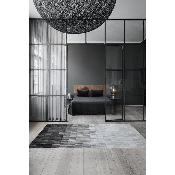 Fade Grey Leather Rug - Calligaris Westchester