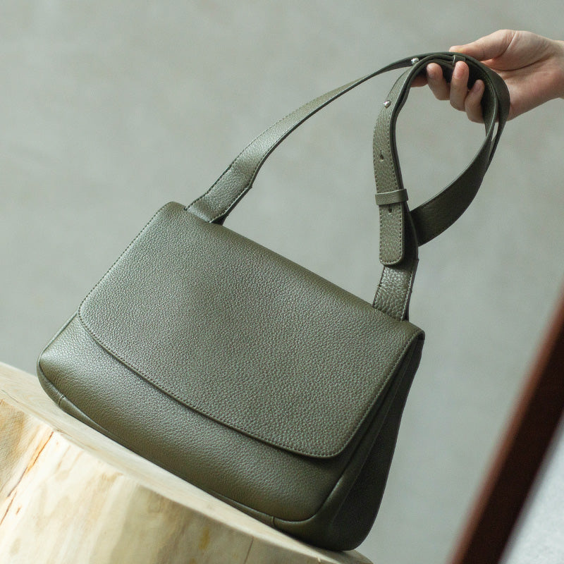 Lady Messenger Leather Shoulder Bag