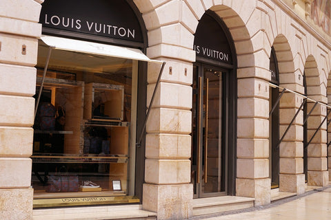 luxury-luxury-license-shopping-shop