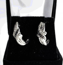 Load image into Gallery viewer, 0.33ctw Diamond Swirl Drop Earrings in 10K White Gold