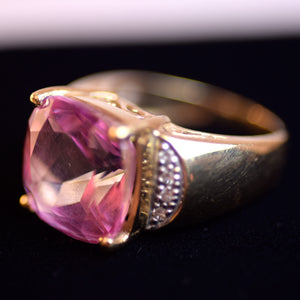 14 Karat Gold and Pink Quartz Stone Ring, Size 4.75