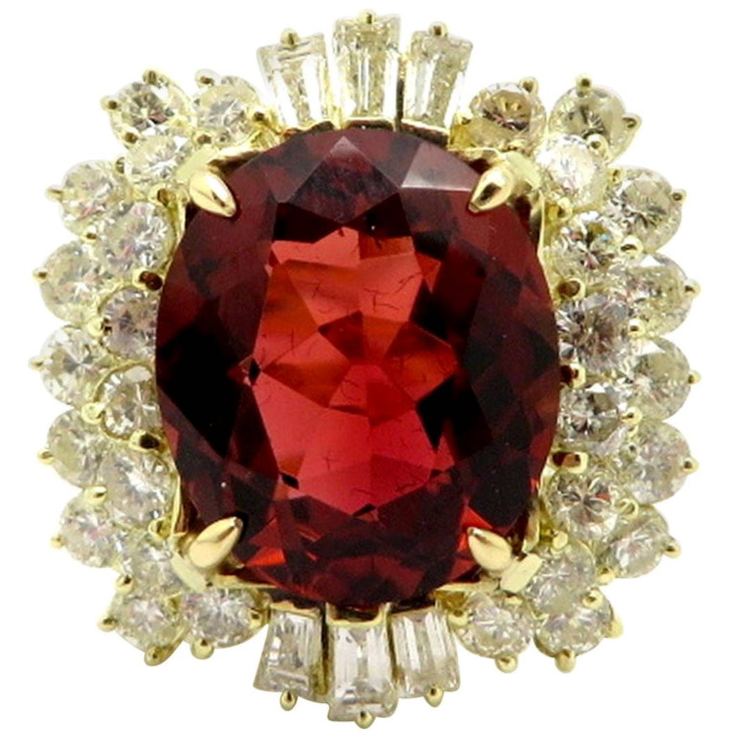 14 Karat Gold Oval Burnt Orange  Red Tourmaline and Diamond Cluster Ring, Size 8