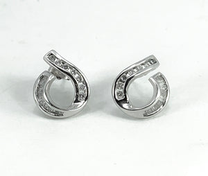 Beautiful Round Cut & Baguette Diamond 14K White Gold Earrings