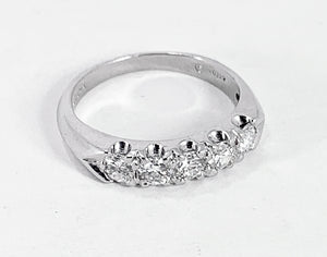 STUNNING Platinum 0.75ctw Round Brilliant Cut Diamond Ring