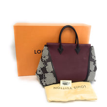 Load image into Gallery viewer, Louis Vuitton Veau Cachemire Calfskin Leather W Bag GM