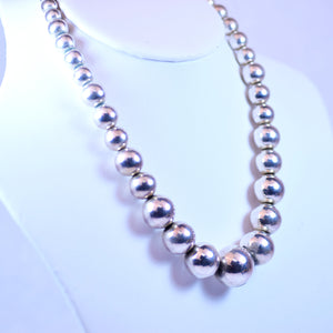 Silver Plated Graduated Bead Necklace