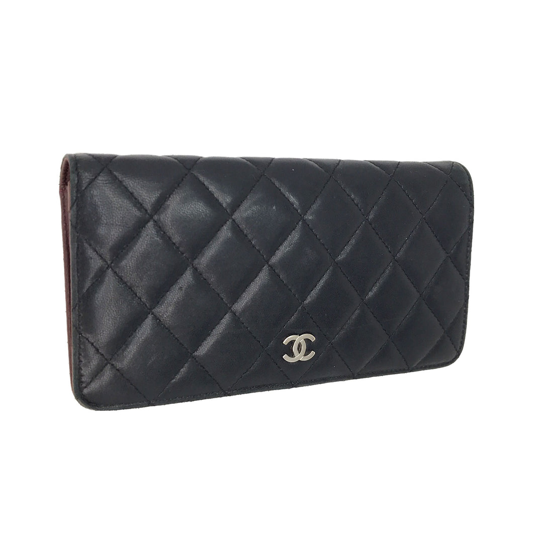 CHANEL Black Quilted Lambskin Leather CC Logo L Yen Wallet
