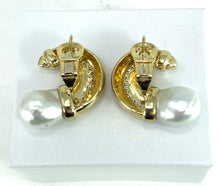 Load image into Gallery viewer, STUNNING White Pearl & Diamond 18K Gold Earrings