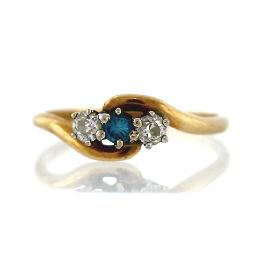 Vintage 14K Yellow Gold 3-Stone 0.35ctw Diamond Bypass Ring - Sz. 7.5