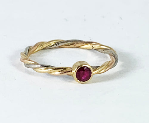 Vintage Cartier 18K Tri-Color Gold Twisted Wire Band with Ruby - Size 5.25