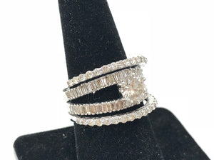 14K White Gold 1.00ctw Round Diamond 1.50ctw Baquette Ring Size 8.25