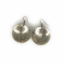 Load image into Gallery viewer, Native American Navajo Sterling Silver Disc Earrings