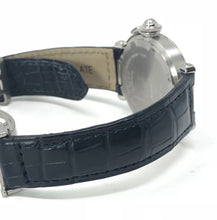 Load image into Gallery viewer, Cartier Stainless Steel Pasha 35mm Big Date 2475 Navy Face Watch