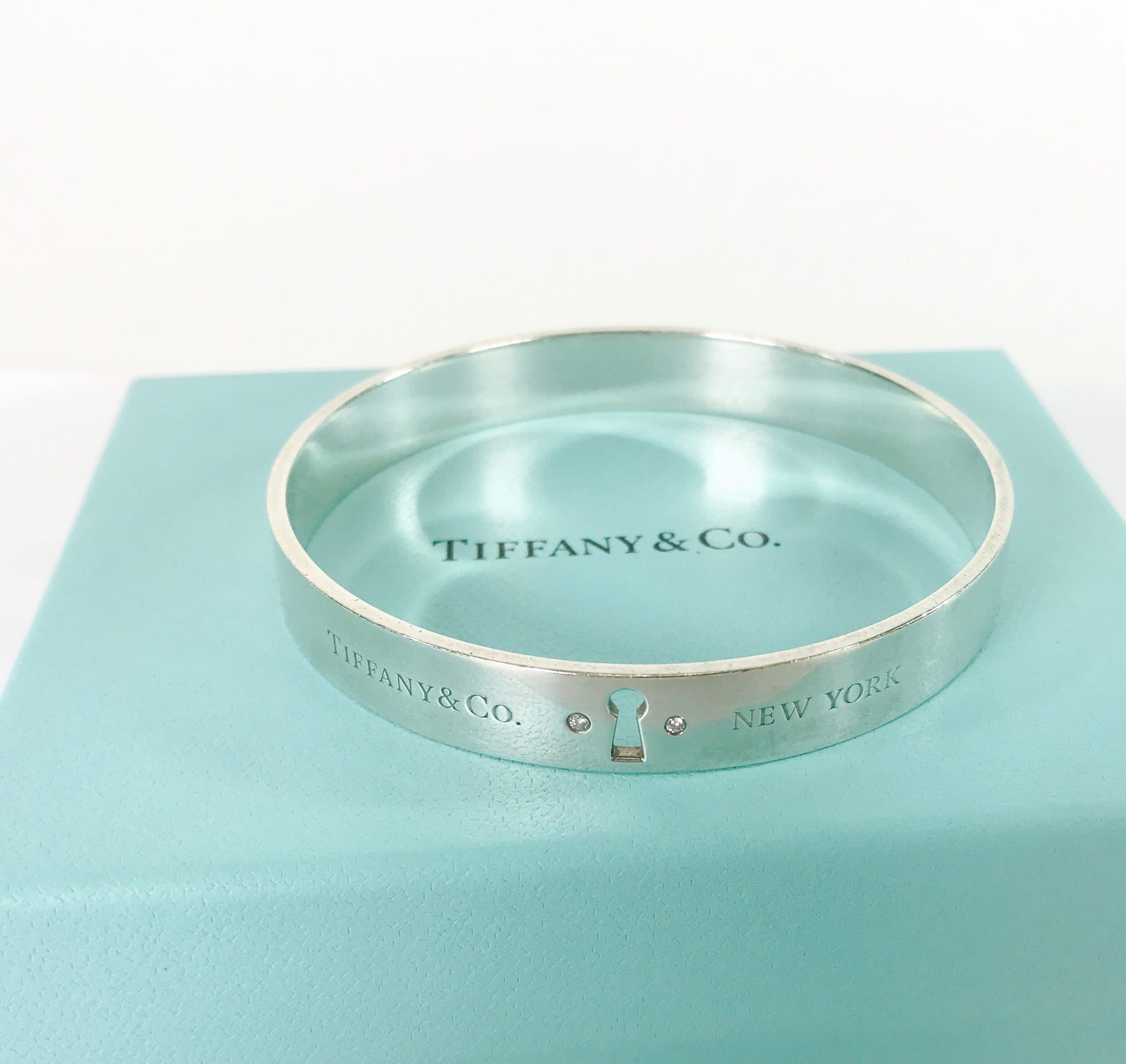 dc1620cd5 ... Load image into Gallery viewer, Tiffany & Co Sterling Silver 925 Tiffany  Locks Bangle ...