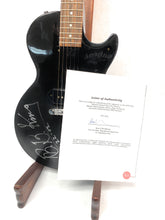 Load image into Gallery viewer, BB KING Signed Gibson Les Paul Jr. - w/ COA