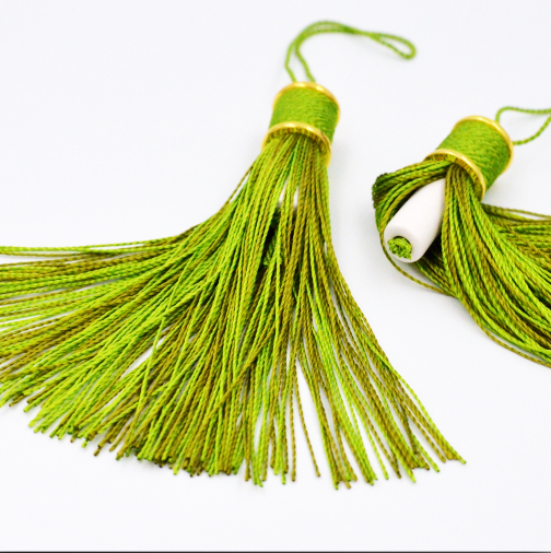 Traveling Fragrant Tassel- Green shades as shown