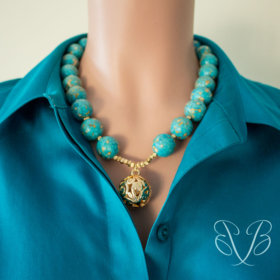 Jewelry-on-the-Go /Gold Ball Drop necklace