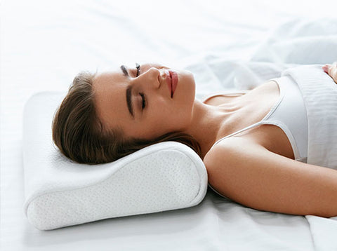 Orthopedic Pillow Keeps The Spine Straight