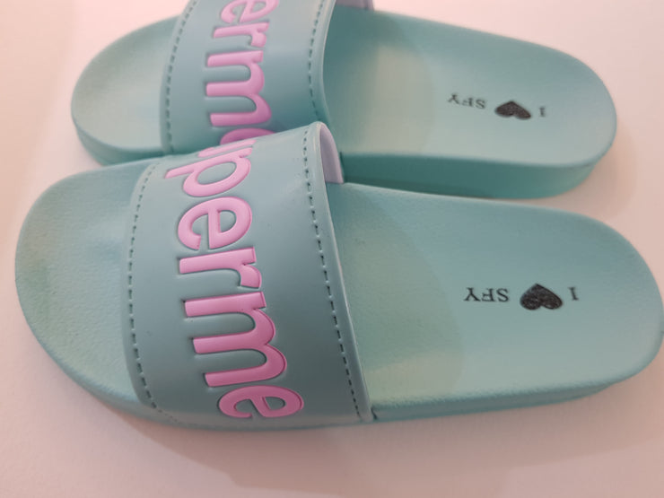 Fashion Summer Flats Non-slip Superme slippers for women Blue