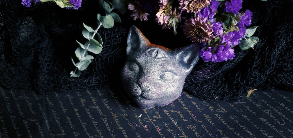 Oracle Cat bath bomb