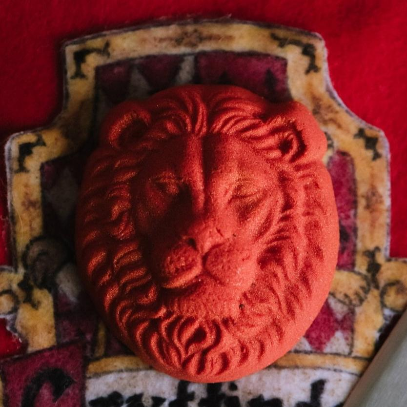 House of the Lion bath bomb