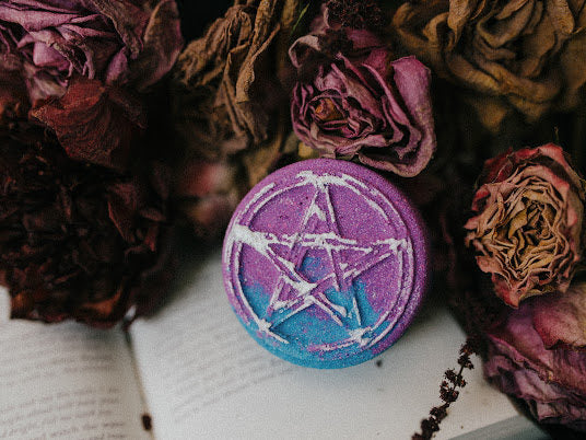 Pastel Pentagram mini bath bomb
