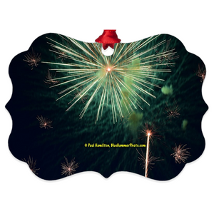 "tree ornament (4"" x 3"")-- fireworks 9940"