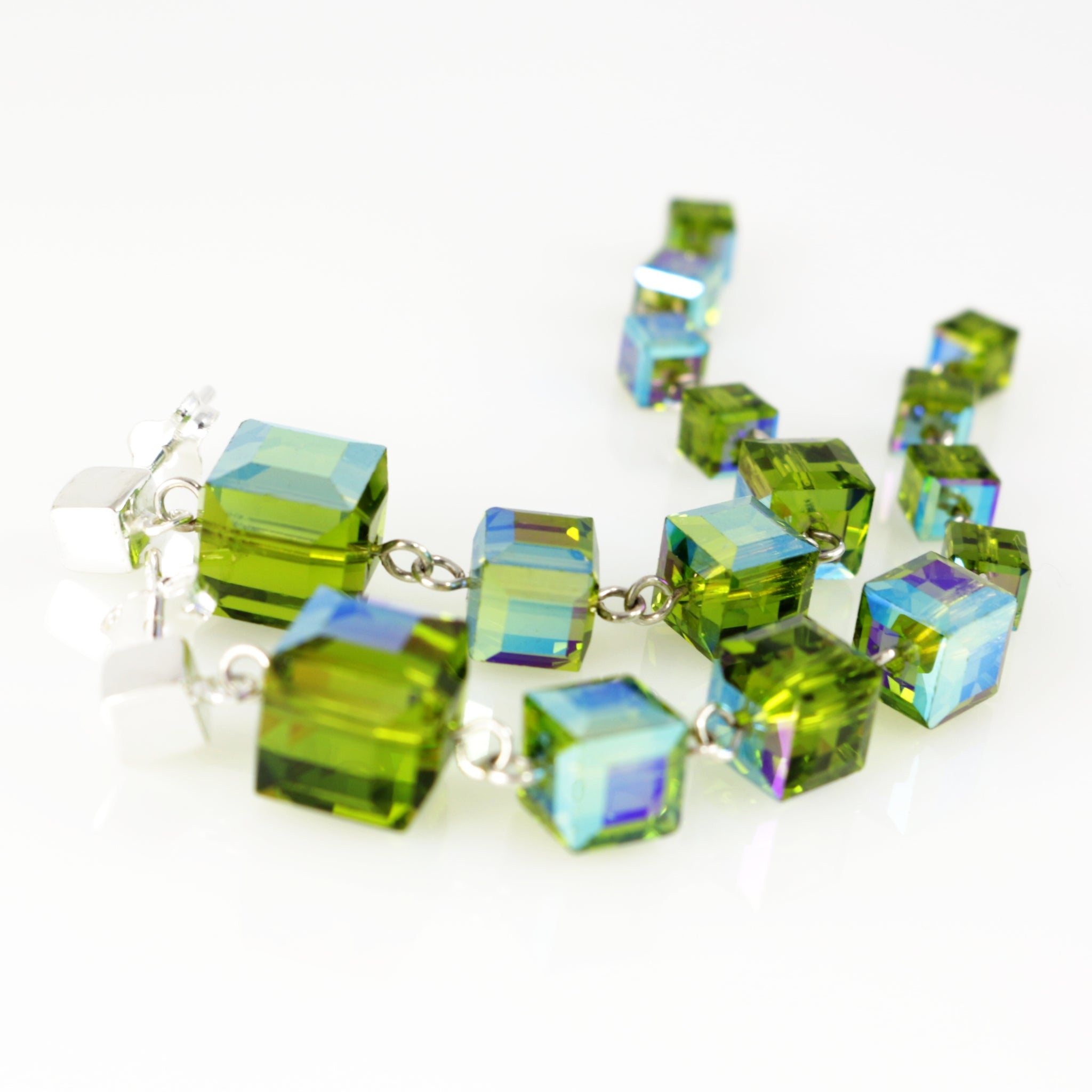 Windows Earrings in Olivine AB