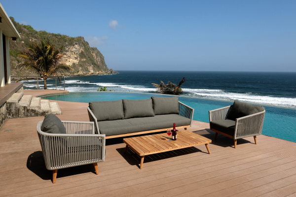 Secrets to keeping outdoor furniture clean