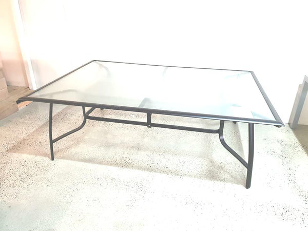 Amethyst Table 10 seater