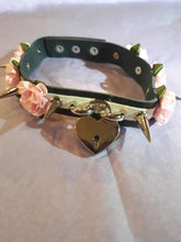 Load image into Gallery viewer, Spiked triple flowers and heart padlock gothic punk collar choker