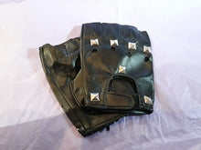 Load image into Gallery viewer, Pyramid stud gothic mens / unisex fingerless gloves