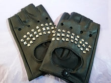Load image into Gallery viewer, Gothic stud women's/unisex fingerless gloves