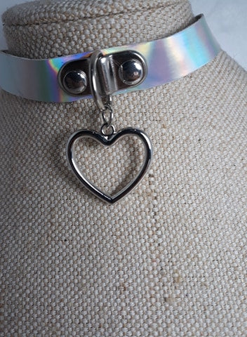 Holographic dangle heart charm kawaii collar choker