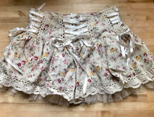 Load image into Gallery viewer, Barnaby lovely floral and lace sweet mini skirt