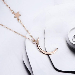 Crescent Necklace - Rose Gold / United States - Jewelry