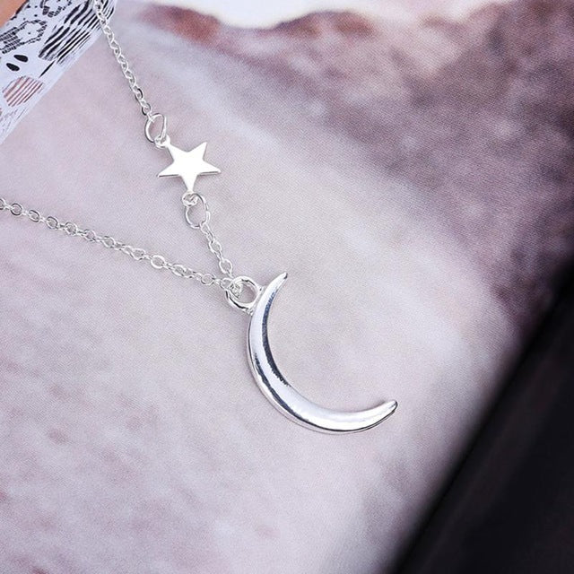 Crescent Necklace - Silver / United States - Jewelry