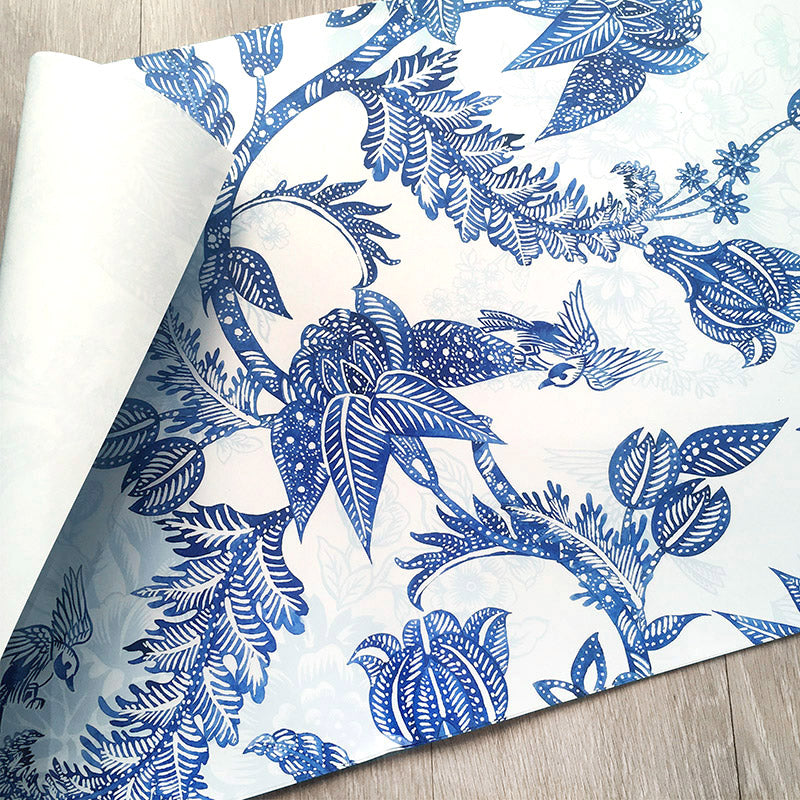 Premium Wrapping Paper in Hamptons Chinoiserie Paisley Design, close up side view