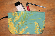 Load image into Gallery viewer, Green Wattle clutch bag