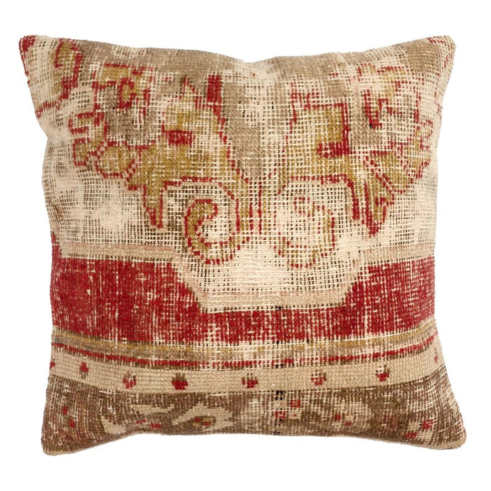 Set of Two Medium Pillows 02