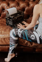 Load image into Gallery viewer, Wolf Moon Teal Legging