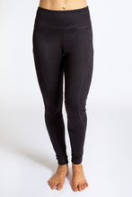 Load image into Gallery viewer, Pocket Legging - Black/Galaxy
