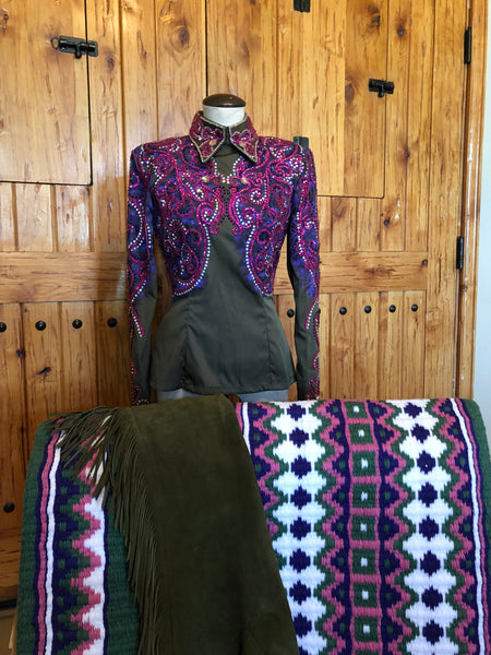 Jacque's Apparel Horsemanship & Bonnie Caylor Chaps with matching HSC Blanket