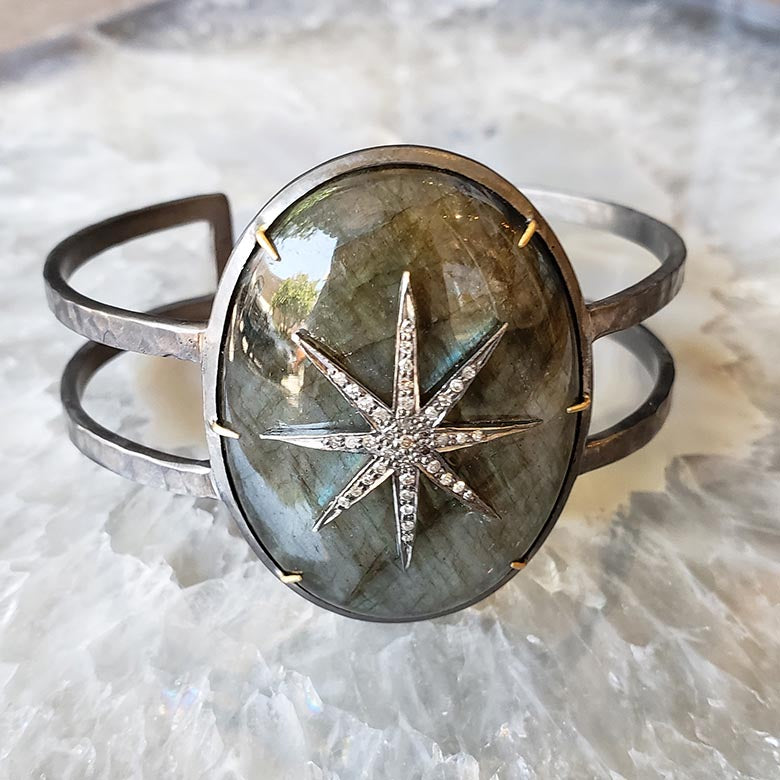 Robindira Unsworth Labradorite Diamond star necklace